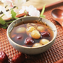 红枣桂圆枸杞红糖水