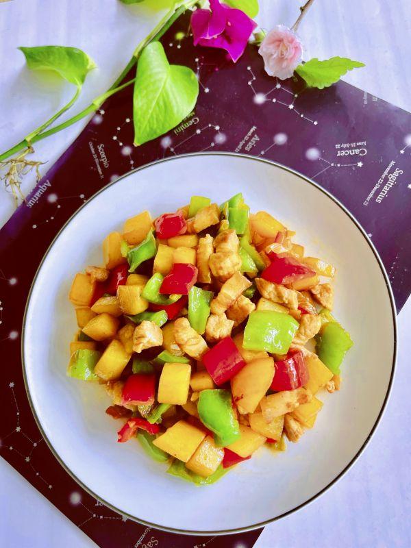 青红椒土豆丁