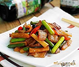 菁选酱油试用之--萝卜干蒜薹炒五花肉的做法