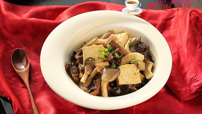 【新品】平菇肉片炒豆腐