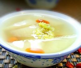 胎菊秋梨枸杞茶的做法