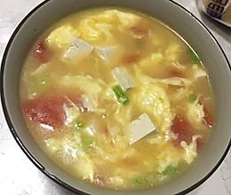 西红柿豆腐鸡蛋汤的做法