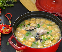 鲜美无比的油豆腐炖鲶鱼的做法