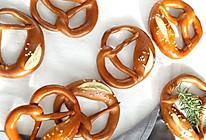 德国碱水面包Pretzel的做法