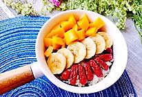 #餐桌上的春日限定#春日必备减脂餐【水果杂粮燕麦粥】的做法