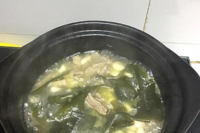 裙带菜牛肉汤