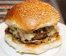 曼步厨房 - 牛排汉堡的做法
