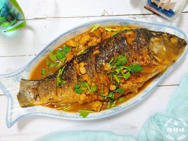 入味不粘锅:红烧鲤鱼的做法