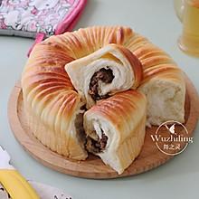 #以美食的名义说爱她# 毛线球豆沙面包