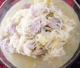 东北猪肉炖酸菜的做法