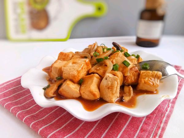 #就是红烧吃不腻!#红烧香菇卤水豆腐的做法
