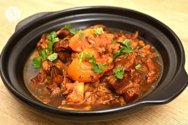 迷迭香美食| 番茄牛腩煲