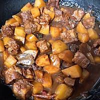 土豆炖牛肉的做法图解7