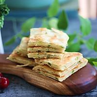 酥掉牙的半烫面葱花千层饼——绝对简单快速,早晚餐都适合。
