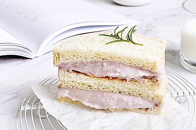 #网红美食我来做#芋泥肉松三明治