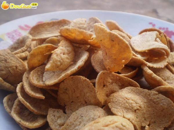 随意煮妇之超随意下酒小菜--香酥豆渣片的做法