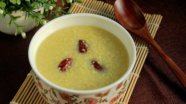 红枣燕麦小米粥的做法