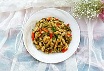 酸豆角炒花甲肉的做法