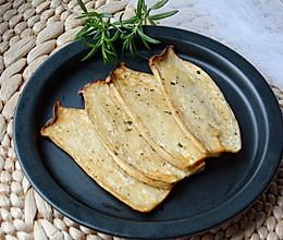 迷迭香烤杏鲍菇#花10分钟,做一道菜!#的做法