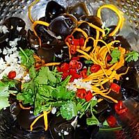 养生又滋补的凉拌菜——虫草花拌云耳的做法图解4