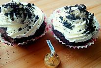 烘焙系列_巧克力块奶油杯子蛋糕的做法