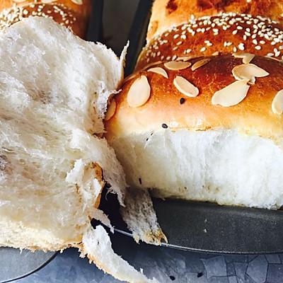 中筋面粉拉丝面包