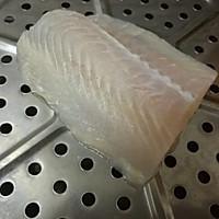 莳萝煎巴沙鱼#一起吃西餐#的做法图解1