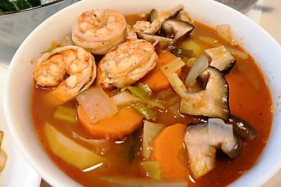 跟着综艺学做饭:大虾海鲜汤