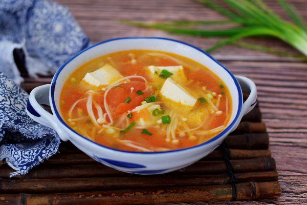 番茄金针菇豆腐汤的做法