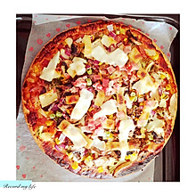芝香金枪鱼培根披萨