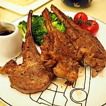 迷迭香红酒羊排#一起吃西餐#