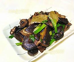 #餐桌上的春日限定#香葱炒蘑菇的做法