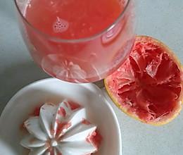 自制西柚汁的做法
