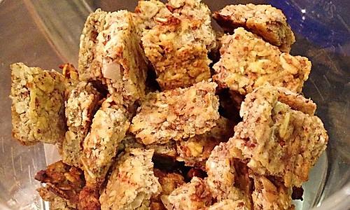 燕麦杏仁小饼~没有面粉的健身小零食的做法