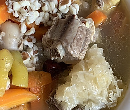 银耳排骨汤的做法