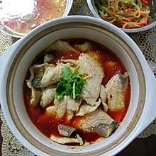 蒋氏石锅鱼