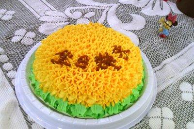 #硬核菜谱制作人##安佳儿童创意料理#裱花蛋糕~向日葵