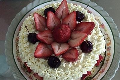 过年了,做了个水果蛋糕,不会裱花