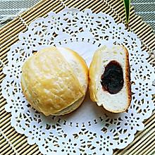 起酥红豆面包