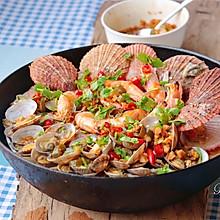 #春天肉菜这样吃#蒜蓉辣酱蒸海鲜