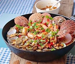 #春天肉菜这样吃#蒜蓉辣酱蒸海鲜的做法