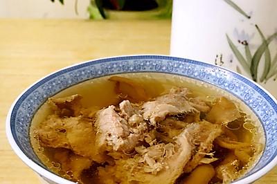 榆黄蘑瘦肉汤