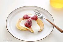 #换着花样吃早餐#【草莓松饼】的做法
