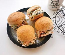 蟹柳黄瓜沙拉早餐包三明治的做法