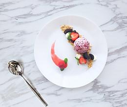 【草莓冰激凌】#晒出你的团圆大餐#的做法