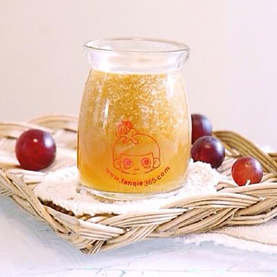 冰镇葡萄苹果汁