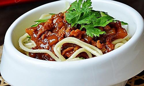茄子肉酱干拌面-二伏吃面的做法