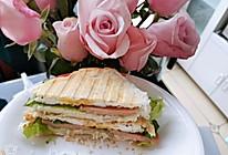 三明治机版午餐肉鸡蛋三明治的做法