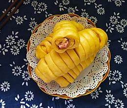#年味十足的中式面点#南瓜火腿肠卷的做法