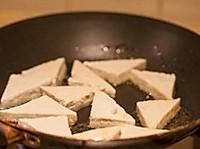 煎豆腐不碎的小窍门----蛋塌豆腐的做法图解4